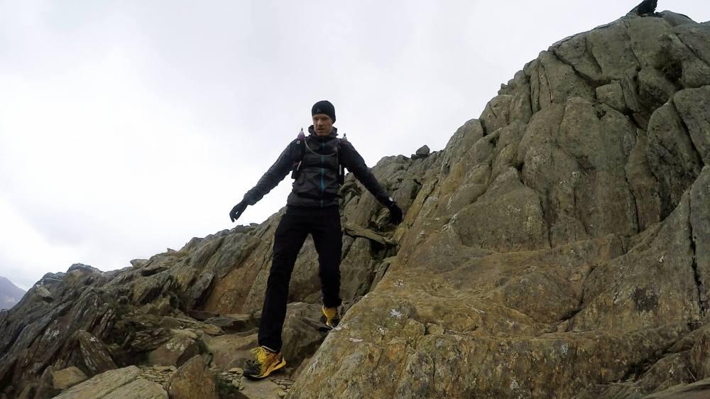 Descending Llywedd